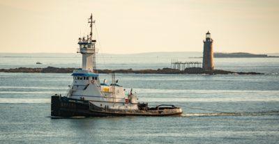 Barco remolcador